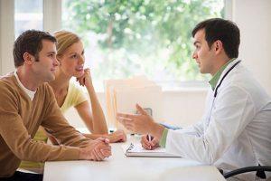 Cần tới các cơ sở y tế để kiểm tra khi bao cao su bị rách trong lúc quan hệ