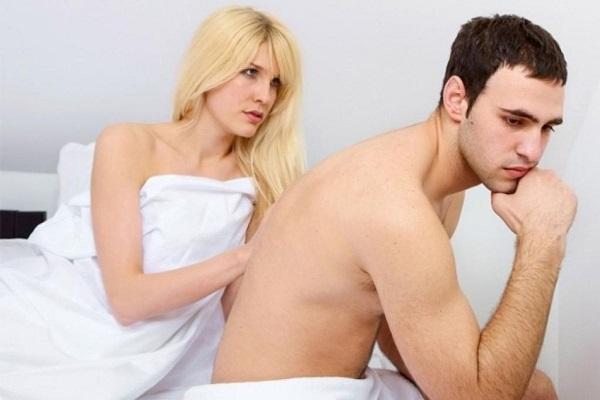 Khi bạn tình không chịu dùng bao cao su
