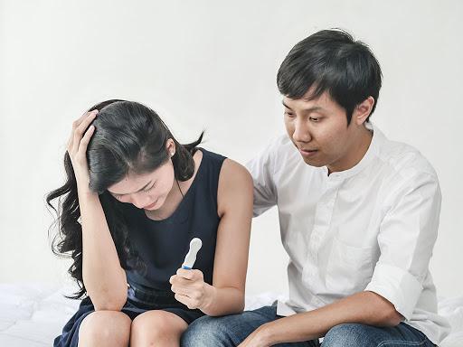 Phụ nữ hiện đại, không ngại mang bao cao su trong ví