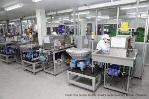 Một ngày thăm quan nhà máy sản xuất bao cao su lớn nhất Thái Lan