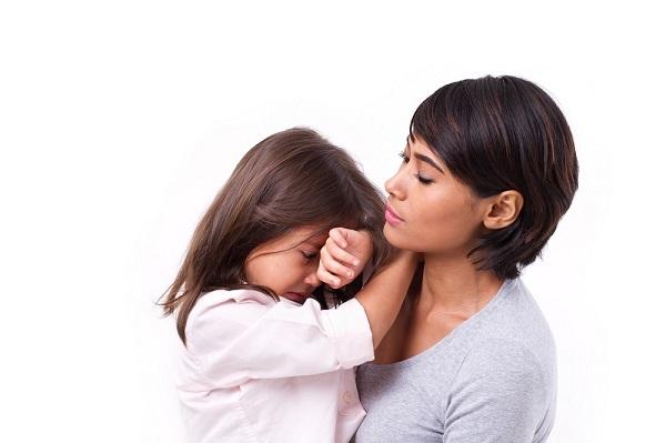 Trẻ dậy thì sớm: Cha mẹ nên làm gì?