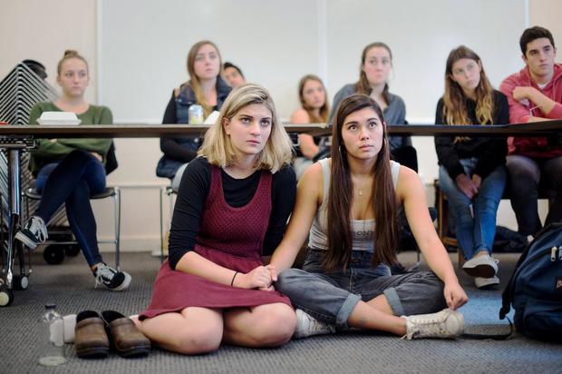 Các trường học trên thế giới dạy giáo dục giới tính như thế nào?